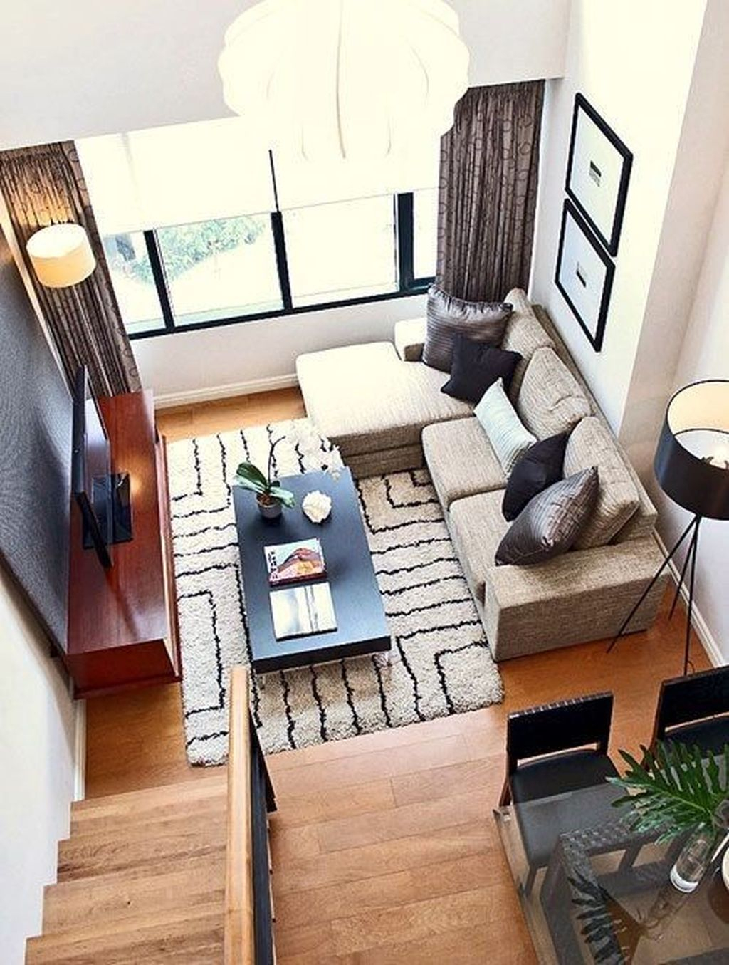 Best Tiny Living Room Design Ideas That Trend Nowaday 35