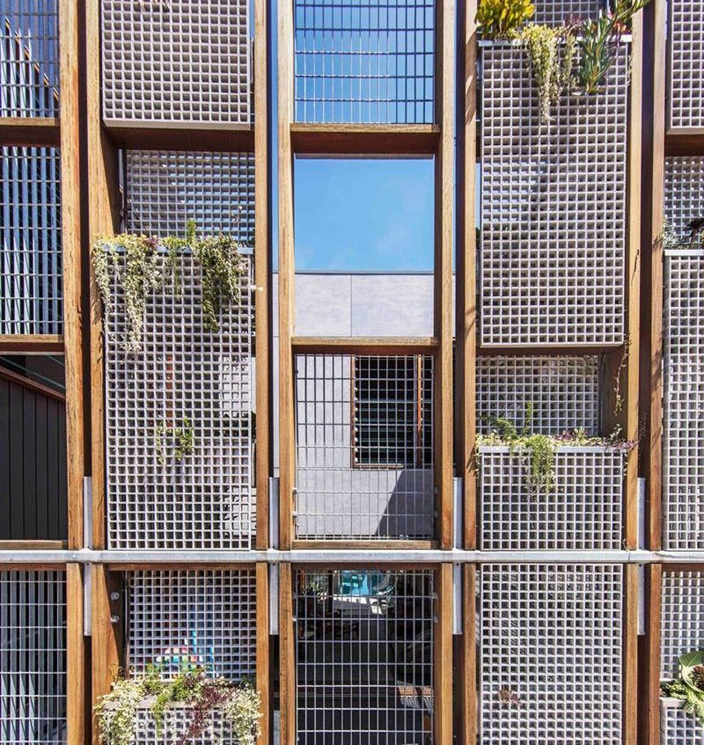 Cool Metal Buildings Design Ideas For Stylish Buildings 36