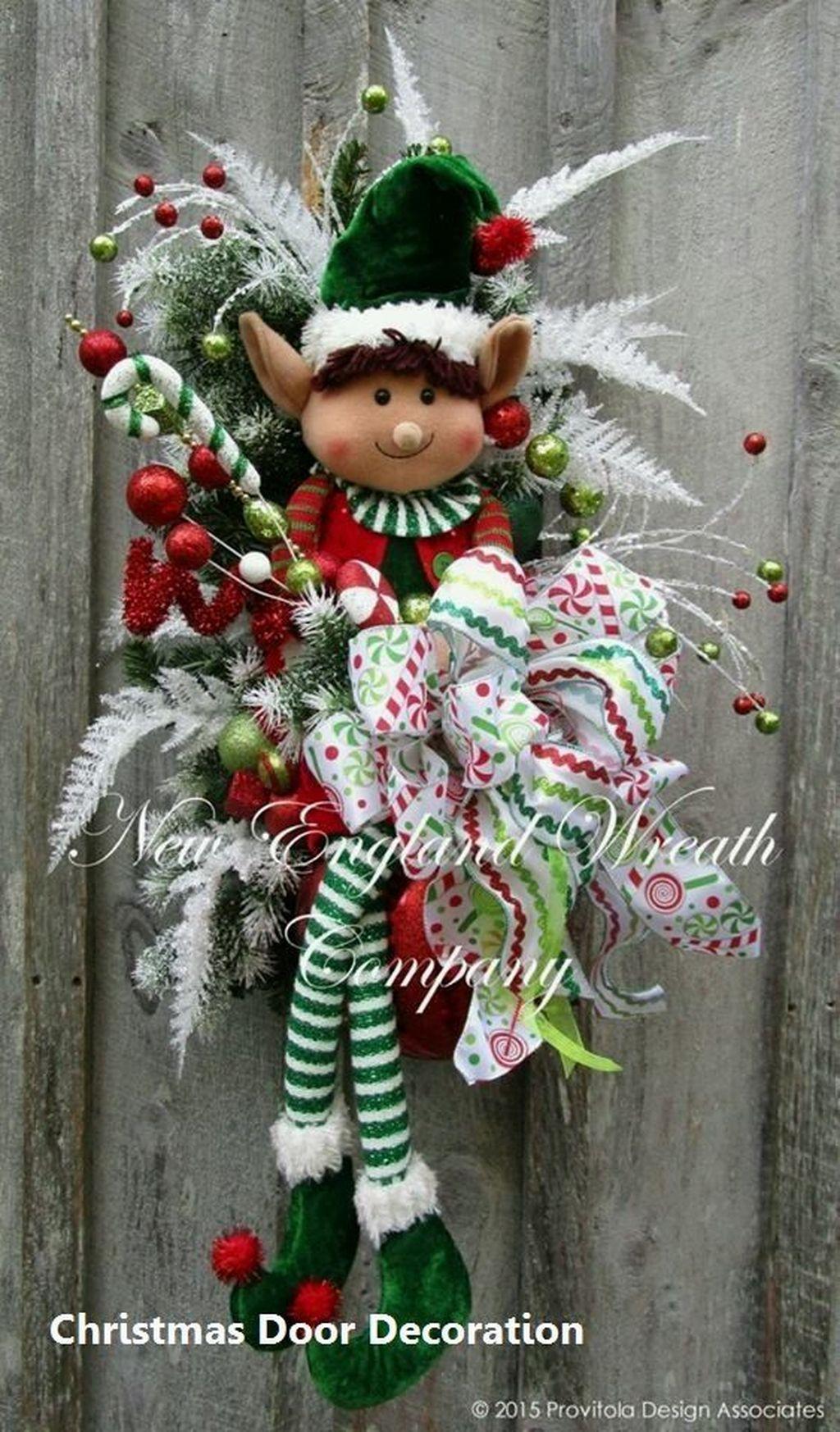 Creative Christmas Door Decoration Ideas To Inspire You 13