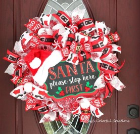 Creative Christmas Door Decoration Ideas To Inspire You 27