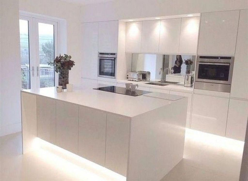 Elegant Minimalist Kitchen Design Ideas For Small Space To Try 14