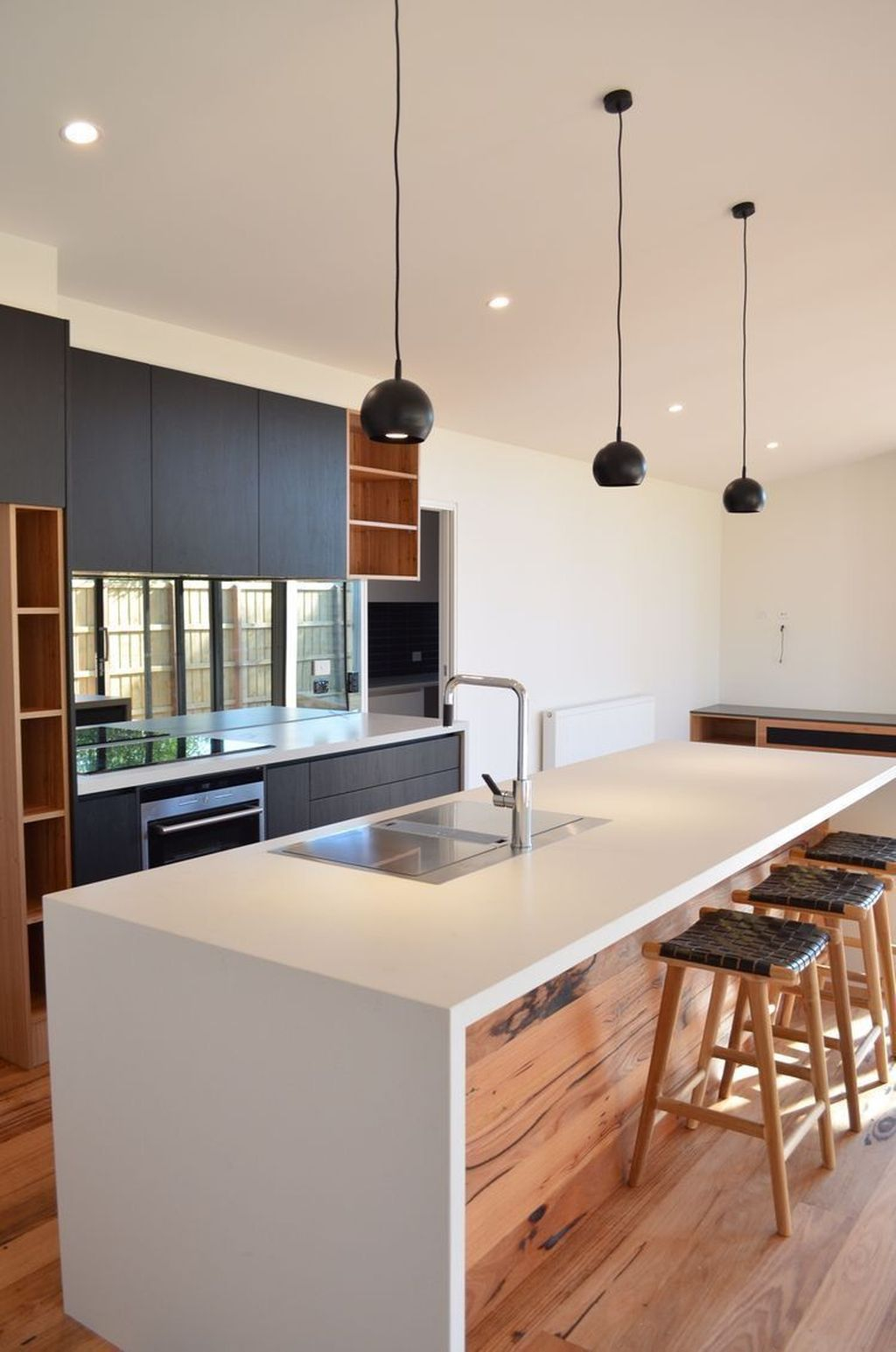 Elegant Minimalist Kitchen Design Ideas For Small Space To Try 21