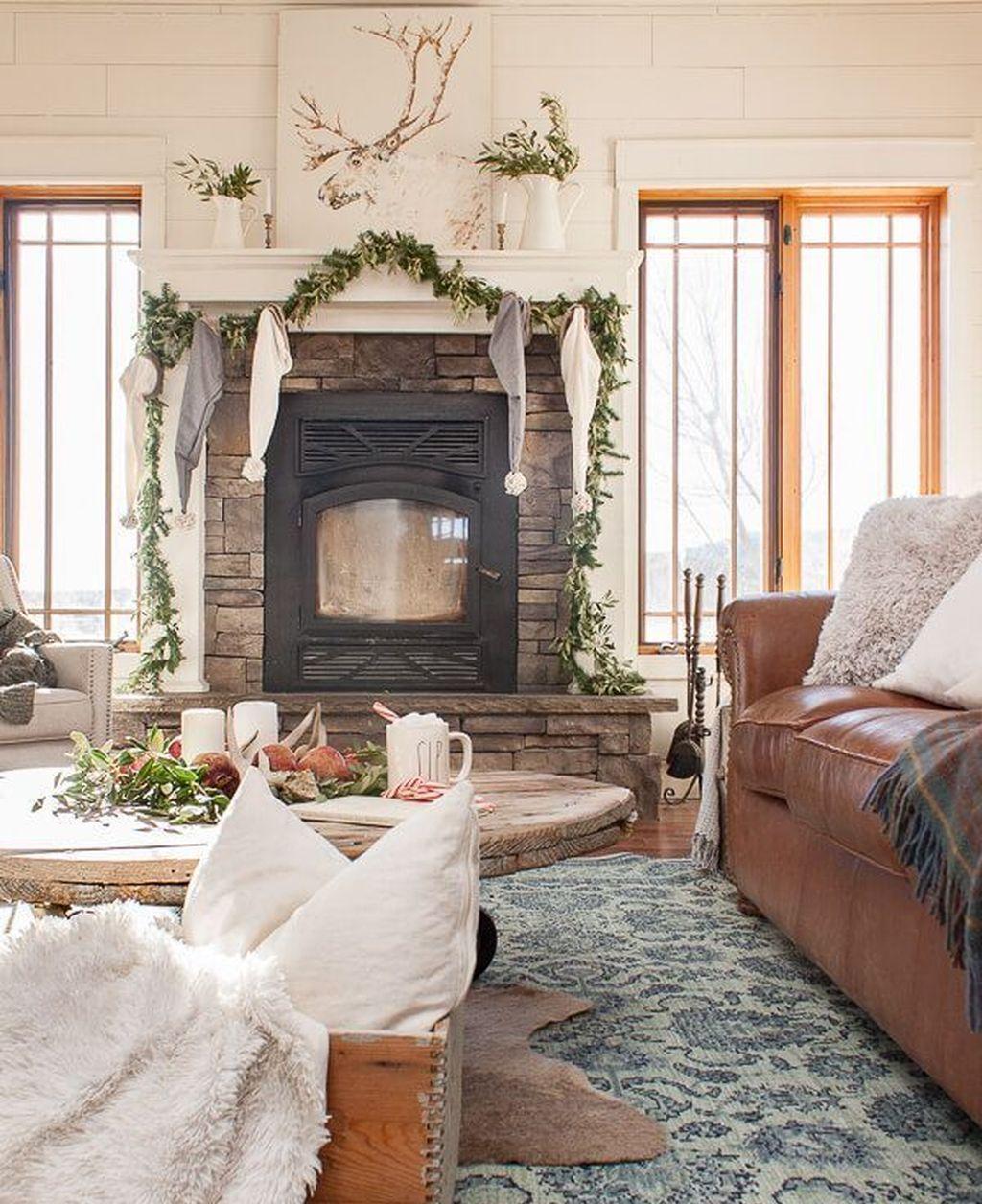 Enchanting Living Room Decor Ideas That Trending This Winter 05