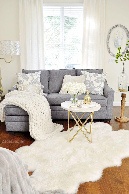 Enchanting Living Room Decor Ideas That Trending This Winter 17