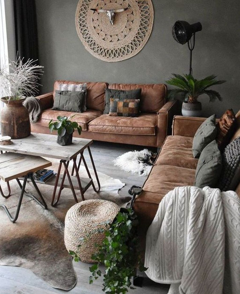 Enchanting Living Room Decor Ideas That Trending This Winter 26