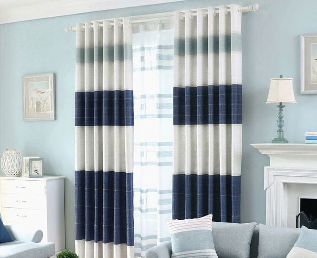 Inexpensive Living Room Curtain Design Ideas On A Budget 15