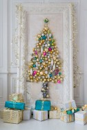 Pretty Space Decoration Ideas With Christmas Tree Lights 19