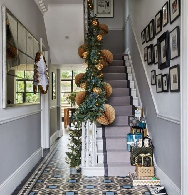 Splendid Entryway Home Décor Ideas That Make Your Place Look Cool 01