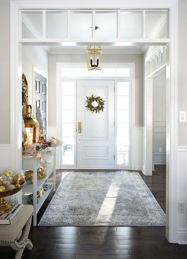 Splendid Entryway Home Décor Ideas That Make Your Place Look Cool 02