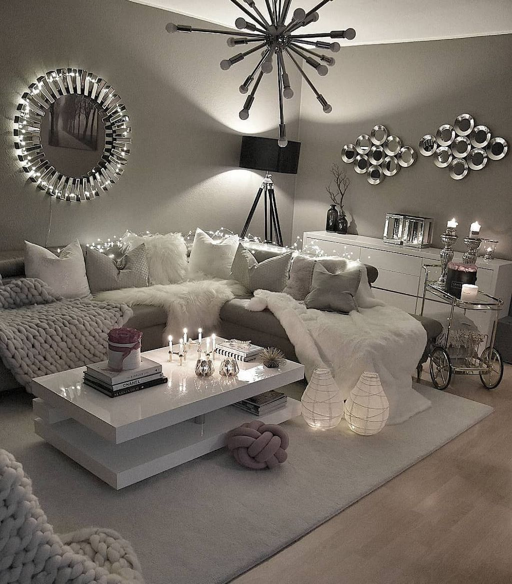 Stunning Apartment Living Room Decorating Ideas On A Budget 27