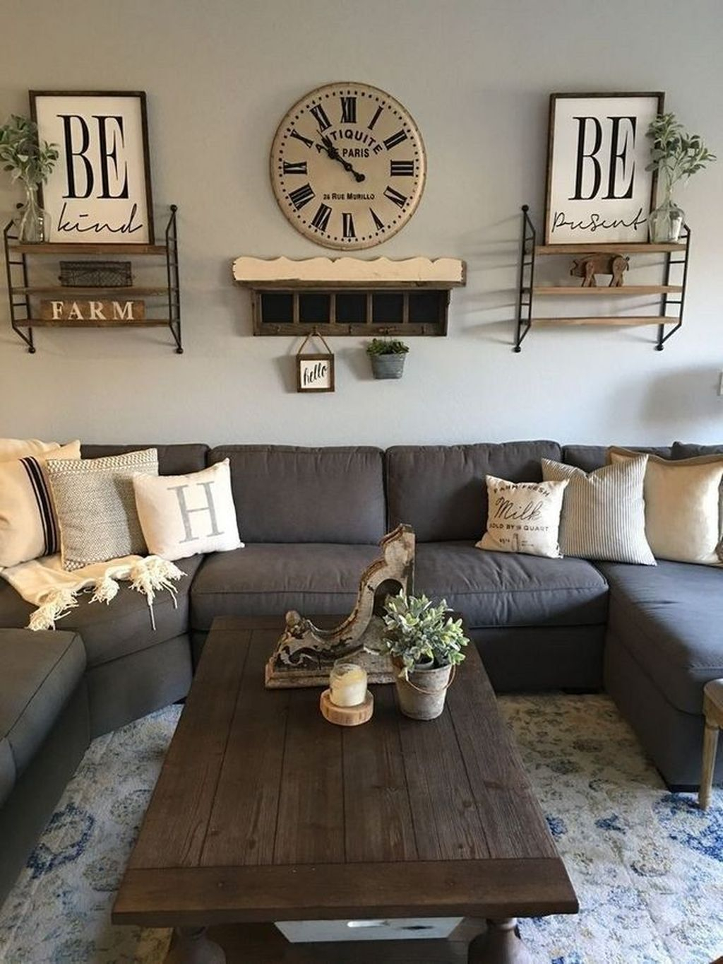 Stunning Apartment Living Room Decorating Ideas On A Budget 31