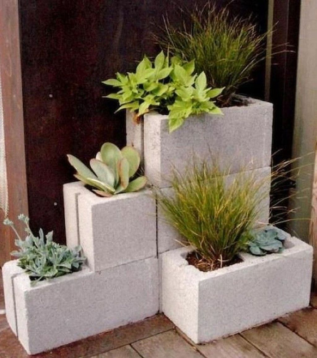 Stylish Garden Design Ideas With Cinder Block To Try 23