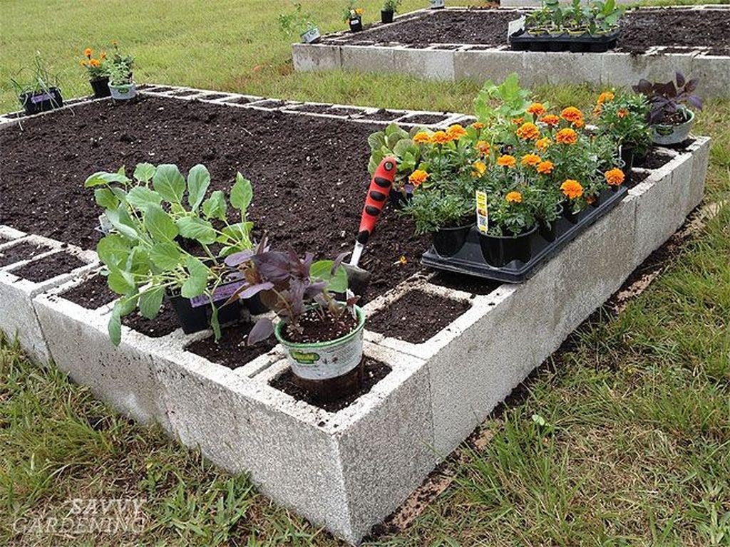 Stylish Garden Design Ideas With Cinder Block To Try 26