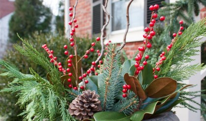 Unique Christmas Decoration Ideas For Front Porch 08