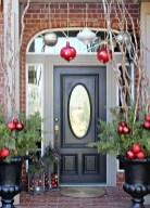 Unique Christmas Decoration Ideas For Front Porch 10