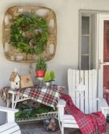 Unique Christmas Decoration Ideas For Front Porch 11