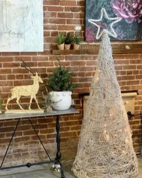 Unique Christmas Decoration Ideas For Front Porch 14
