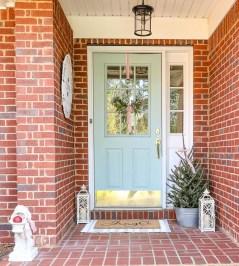 Unique Christmas Decoration Ideas For Front Porch 32