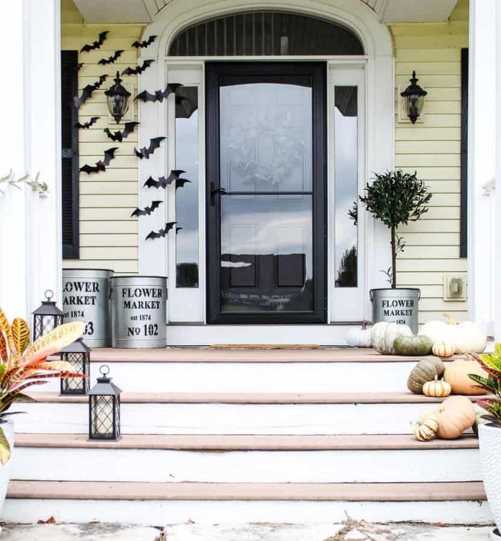 Unique Christmas Decoration Ideas For Front Porch 38