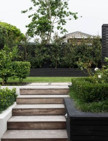 Best Jaw Dropping Urban Gardens Ideas To Copy Asap 12