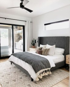 Best Minimalist Bedroom Design Ideas To Try Asap 15