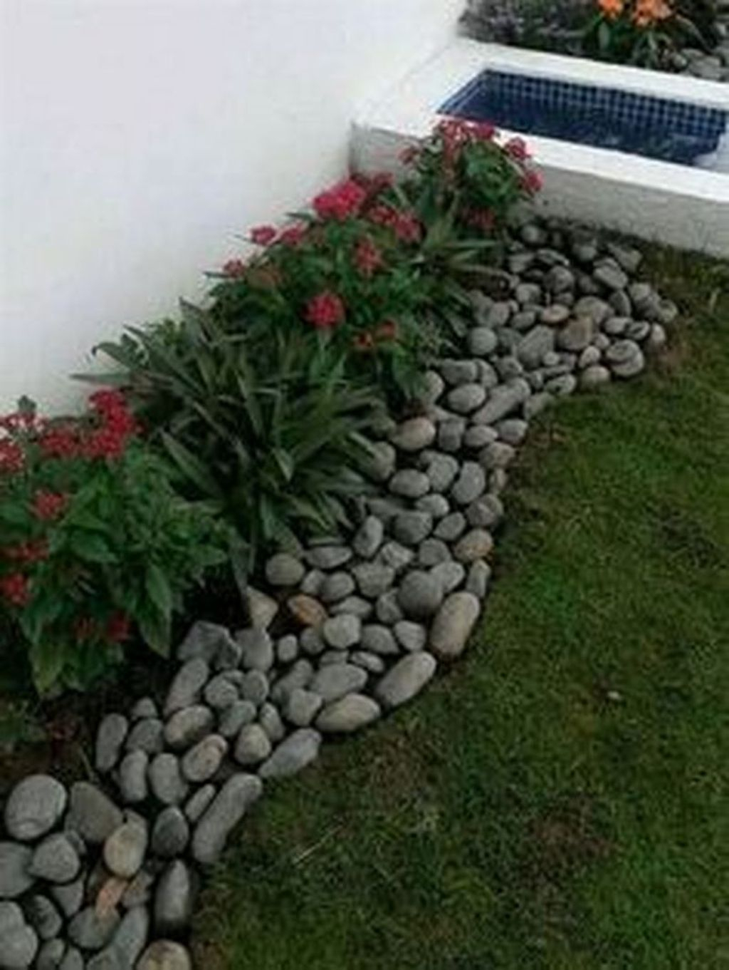 Casual Rock Garden Landscaping Design Ideas To Try This Year 05