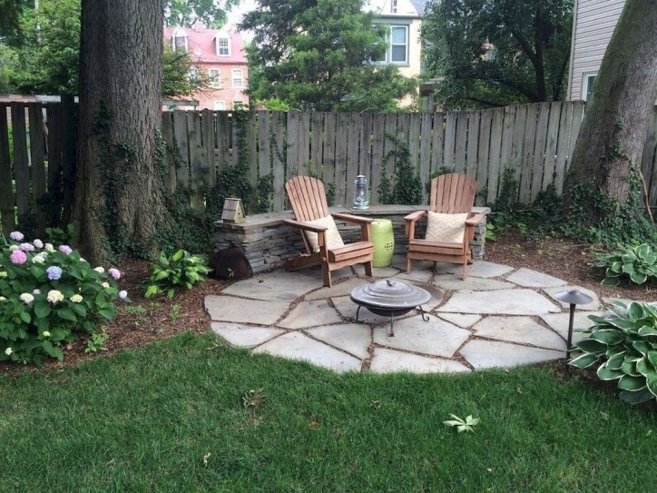Excellent Backyard Landscaping Ideas That Looks Cool 35