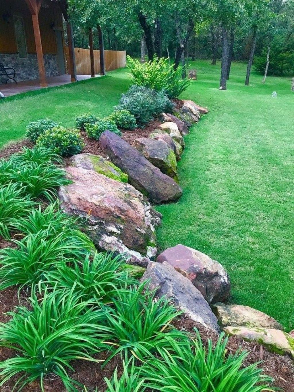 Excellent Backyard Landscaping Ideas That Looks Cool 40
