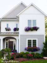 Fabulous Exterior Decoration Ideas With Flower In Window 22