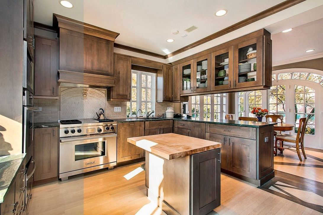 Hottest Wood Kitchen Set Design Ideas That You Can Try 02