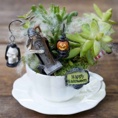 Inspiring Diy Teacup Mini Garden Ideas To Add Bliss To Your Home 35