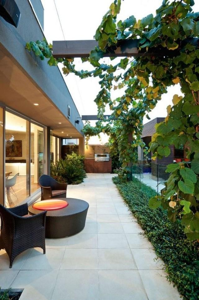 Inspiring Minimalist Frontyard Design Ideas To Try Asap 09