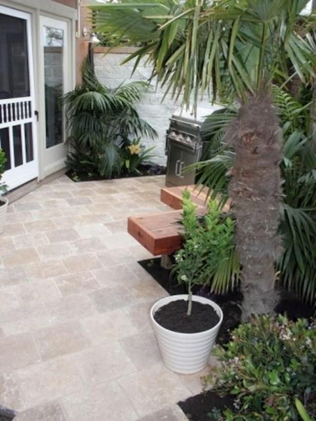 Inspiring Minimalist Frontyard Design Ideas To Try Asap 27