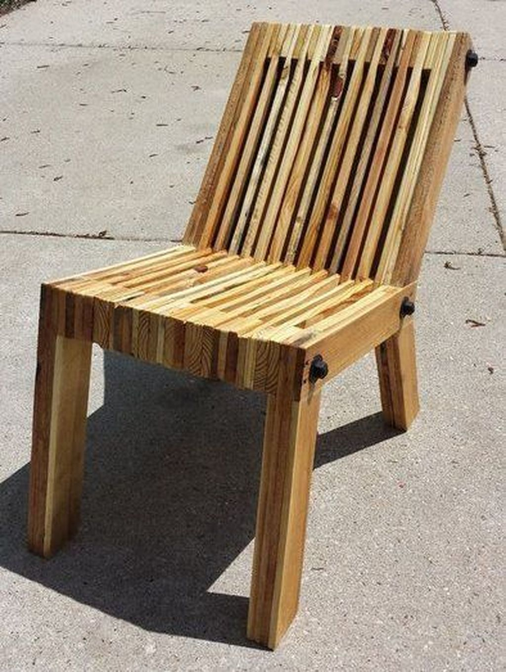 Popular Diy Chair Pallet Design Ideas That You Can Try 14