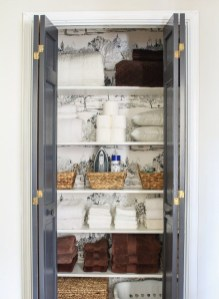 Smart Linen Closet Organization Makeover Ideas To Try This Year 11