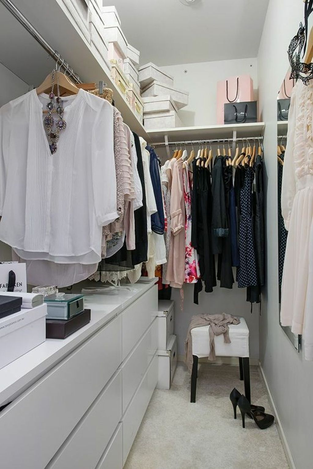 Splendid Wardrobe Design Ideas That You Can Try Current 14