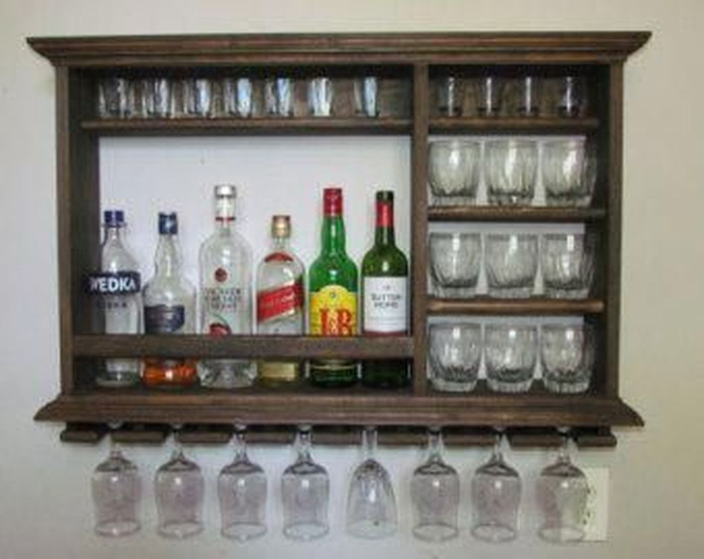 Trendy Pallet Mini Bar Design Ideas To Try 36