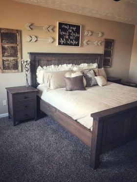 Vintage Farmhouse Bedroom Decor Ideas On A Budget To Try 09