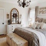 Vintage Farmhouse Bedroom Decor Ideas On A Budget To Try 24