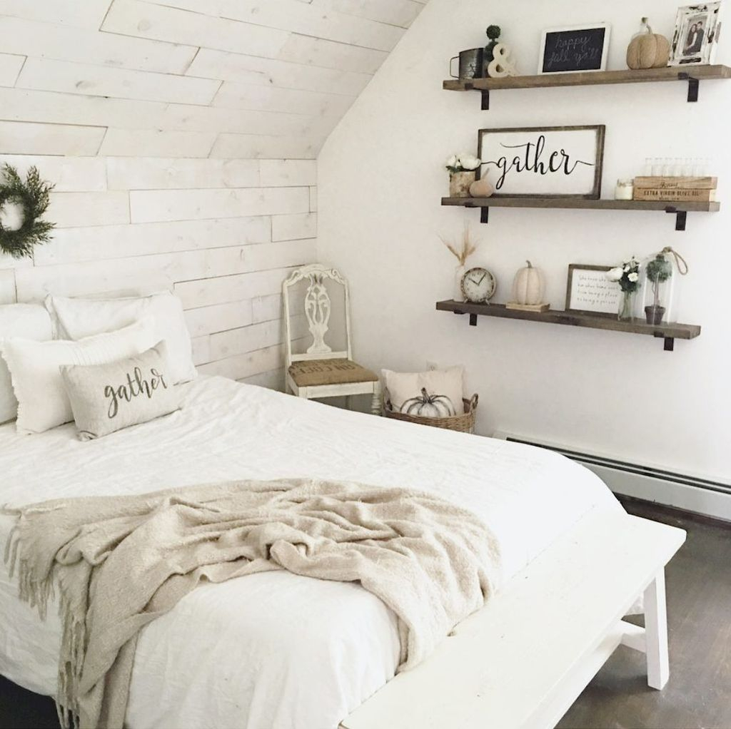 Vintage Farmhouse Bedroom Decor Ideas On A Budget To Try 27