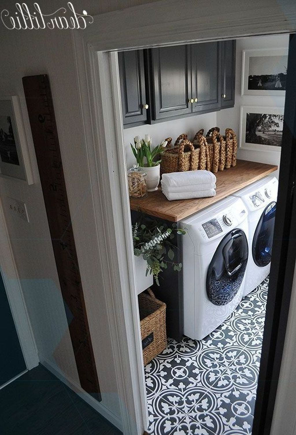 Best Laundry Room Design Ideas To Try This Season 17