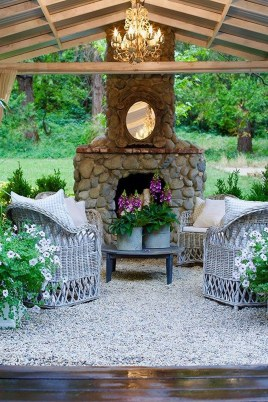 Captivating French Country Patio Ideas That Make Your Flat Look Great 25