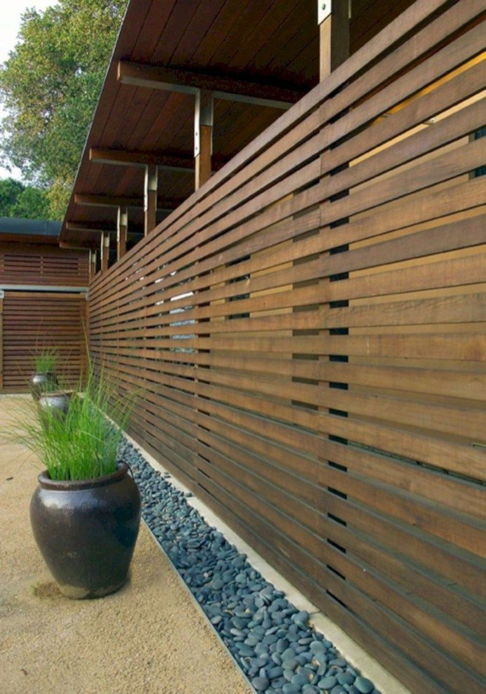 Charming Privacy Fence Design Ideas For You 07