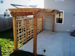 Charming Privacy Fence Design Ideas For You 09