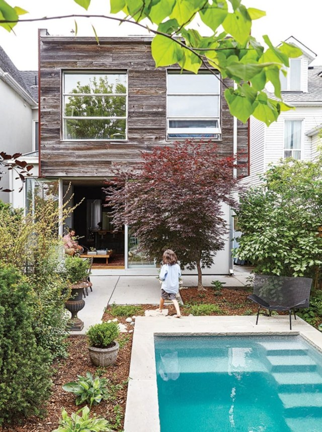 Excellent Small Swimming Pools Ideas For Small Backyards 04