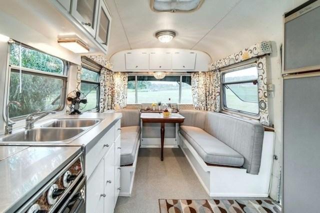 Impressive Airstream Interior Design Ideas To Try 07
