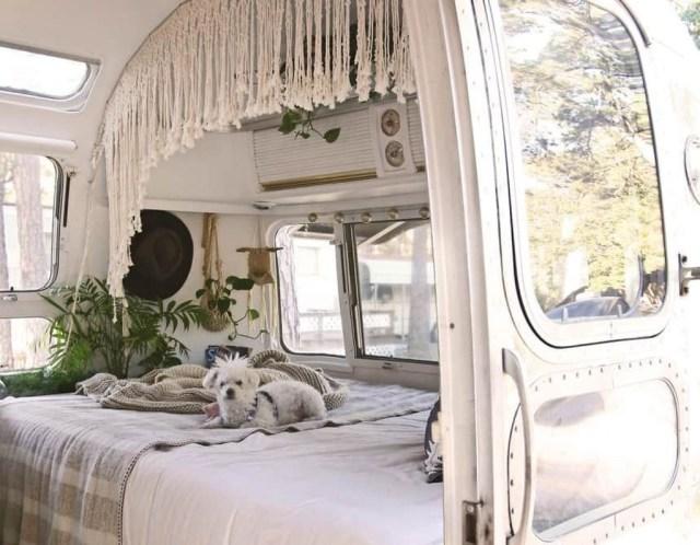 Impressive Airstream Interior Design Ideas To Try 15