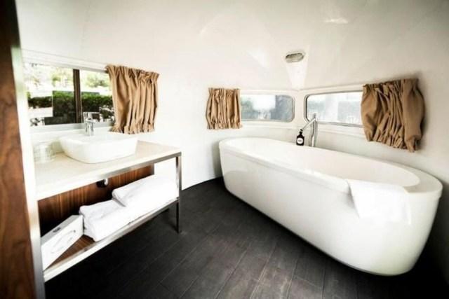 Impressive Airstream Interior Design Ideas To Try 33
