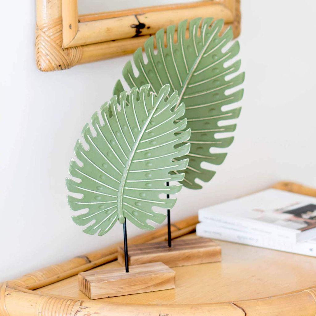 Splendid Tropical Leaf Decor Ideas For Home Design 21