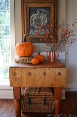 Attractive Fall Decor Ideas For Your Apartment To Try This Year 01